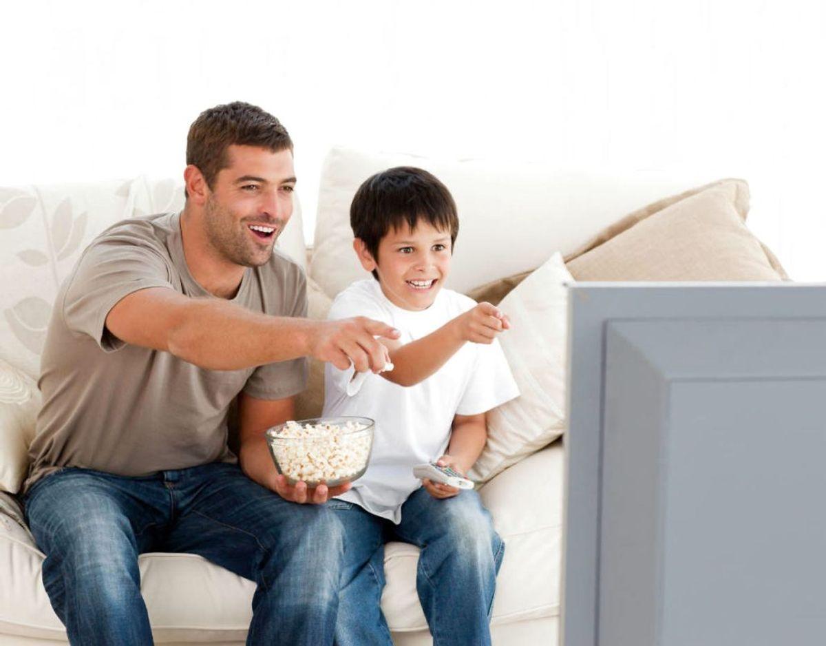 For at få det bedste resultat, så skal fjernsynet og det omkringliggende gøres rent ugentligt. Foto: Scanpix
