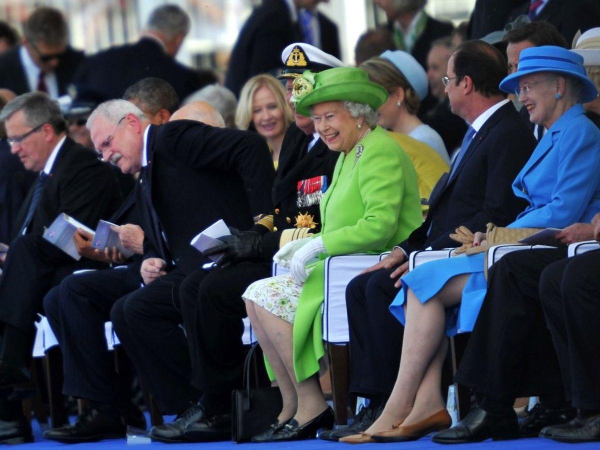 Der løftes nu en del af sløret for, hvad den engelske dronning Elizabeth vil sige i sin traditionelle juletale. Arkivfoto: Scanpix.