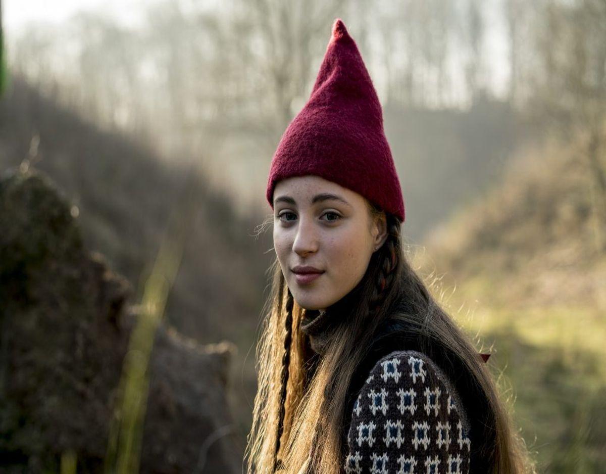 På mange måder er skuespilleren Josephine Chavarria Højbjerg meget lig sin karakter Tinka i julekalenderen Tinka og Kongespillet. Foto: TV 2/ Per Arnesen