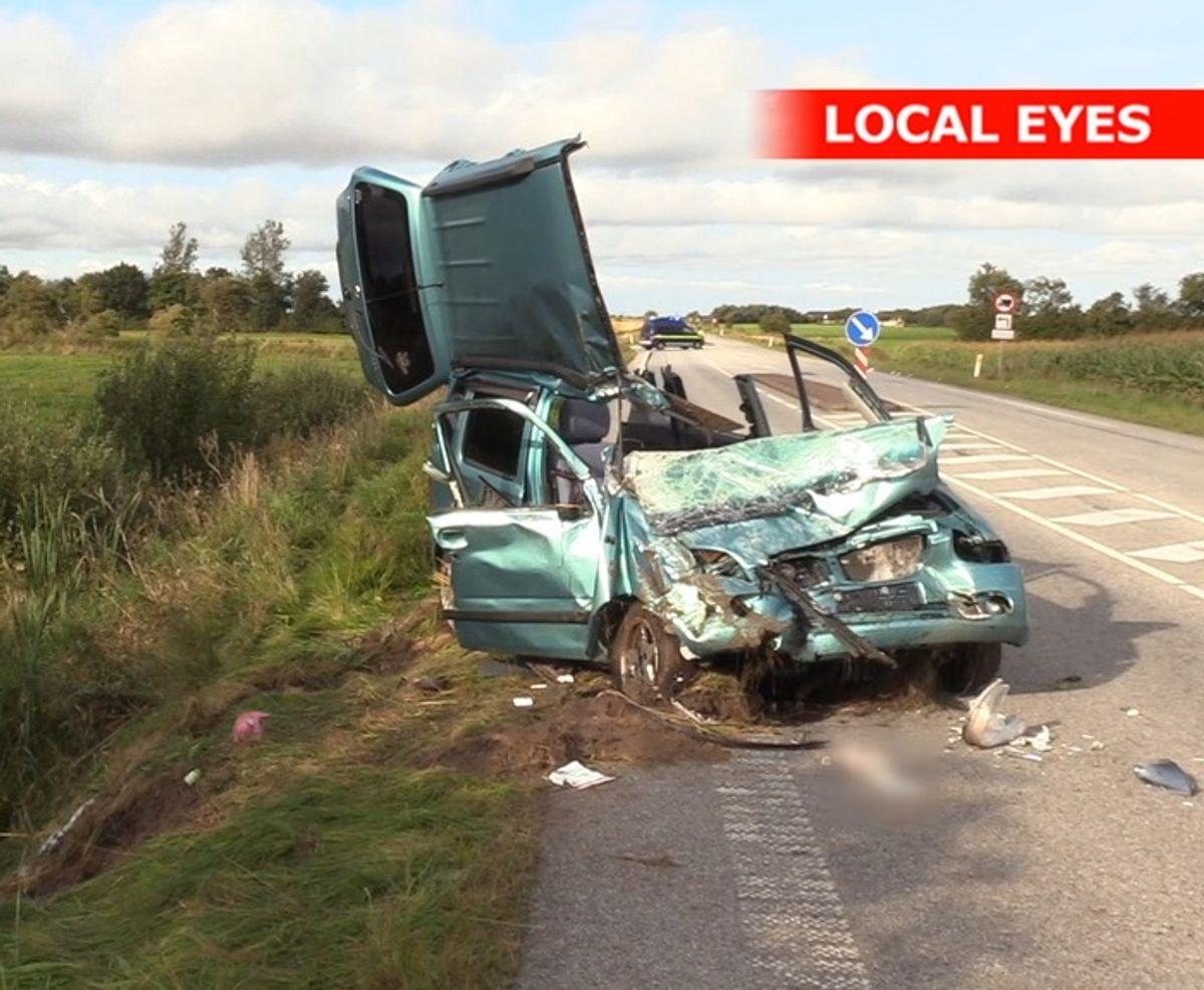 Flemmings datter Tanja overlevede ikke ulykken. Klik og se flere billeder af skaderne. Foto: Localeyes.dk