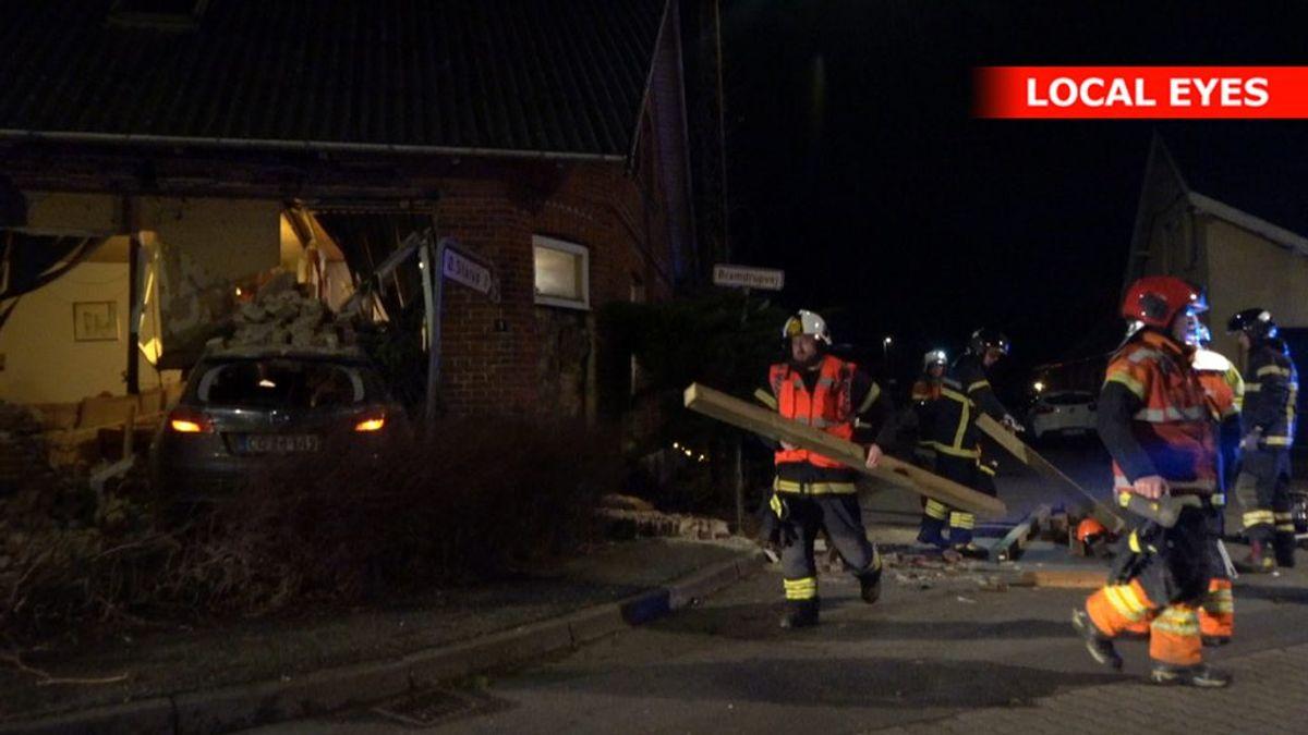 En mor og hendes to børn er kommet til skade. KLIK FOR FLERE BILLEDER. Foto: LocalEyes.dk