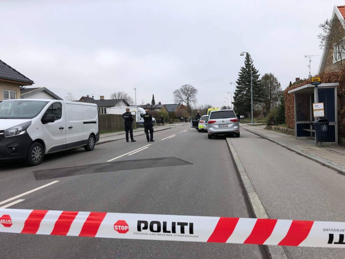 Drabet blev begået her på Stengårds Allé. Klik for flere billeder. Foto: Presse-fotos.dk