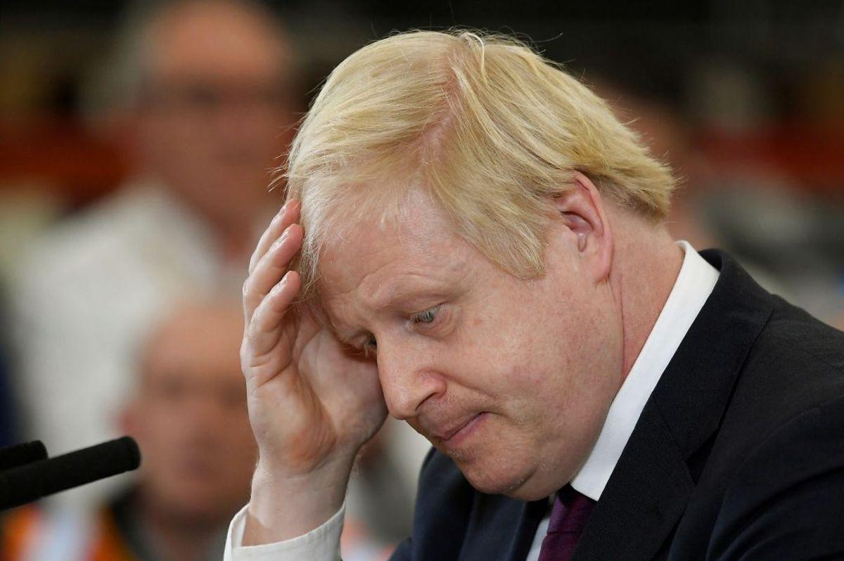 Storbritanniens premierminister er kommet i modvind efter et noget bizart sammenstød med en journalist. Foto: Toby Melville/Scanpix.