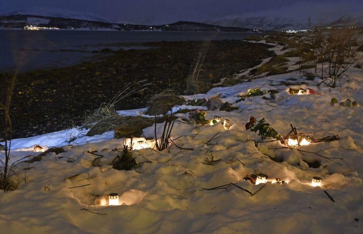 De afdøde mindes. Foto: Scanpix