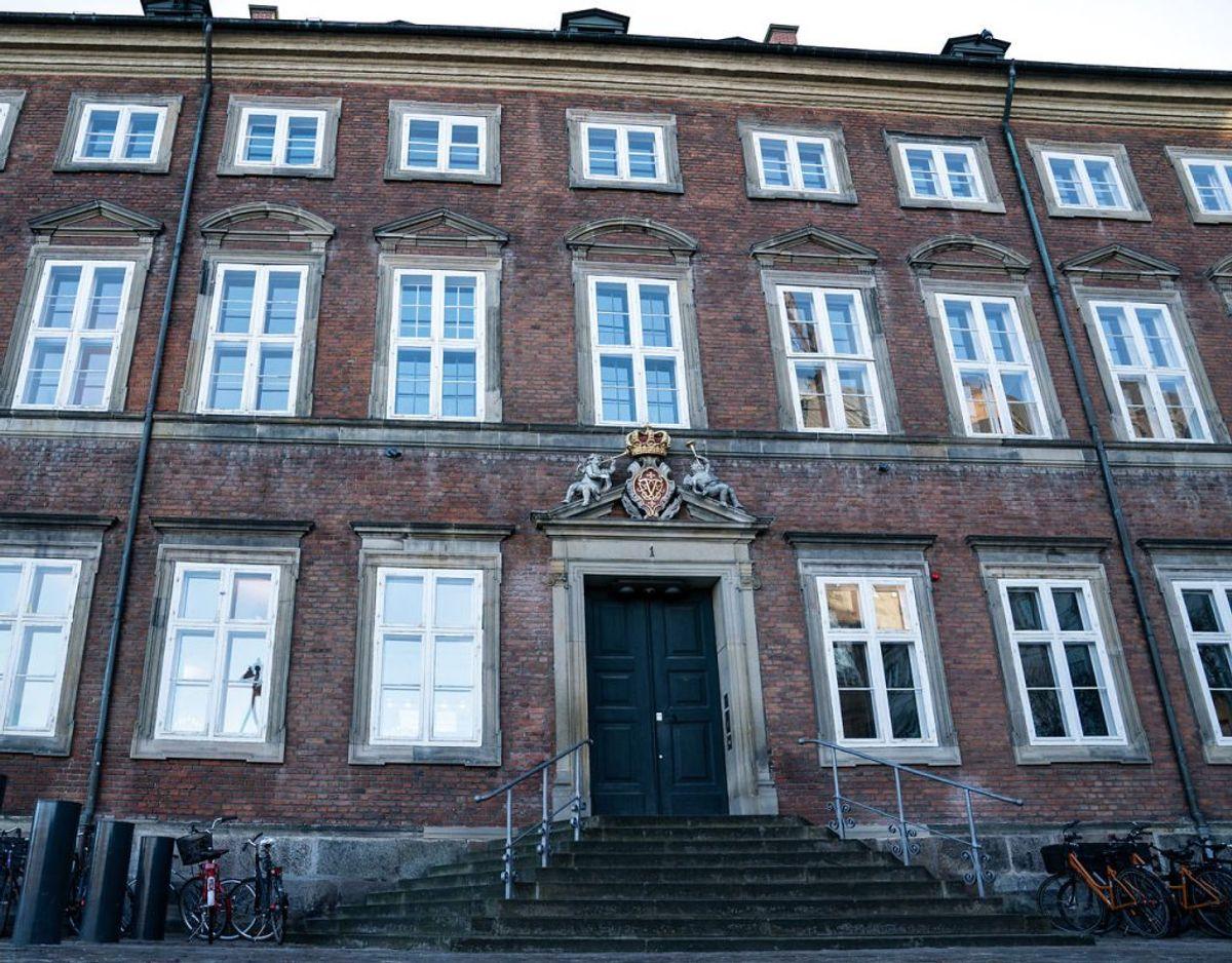 Finanslovsforhandlingerne fortsætter i Finansministeriet i København, mandag den 2. december 2019. Ifølge Ritzau har man dog forhandlet sig frem til minimumsnormeringer fra 2025. En samlet finanslov lader dog vente på sig. Foto: Niels Christian Vilmann/Ritzau Scanpix.