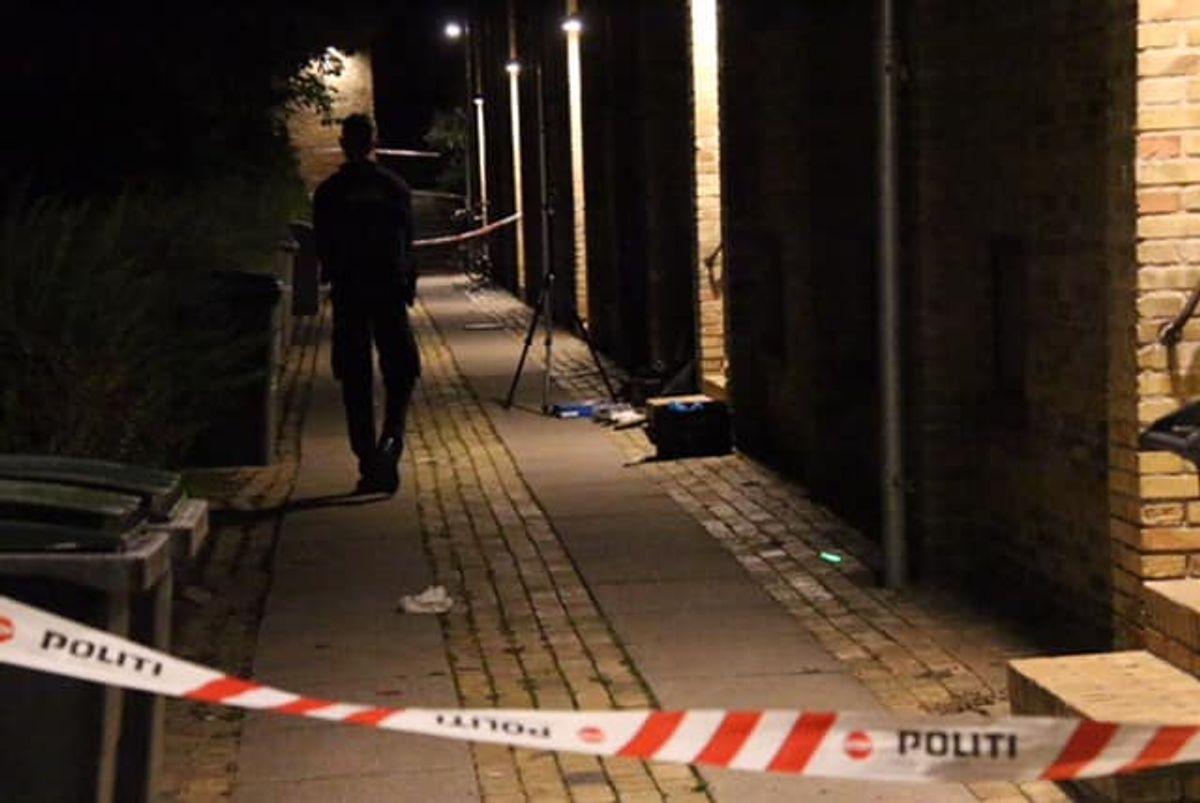 Drabet skete på Kildeager i Husum. KLIK FOR FLERE BILLEDER FRA STEDET. Foto. Presse-fotos.dk