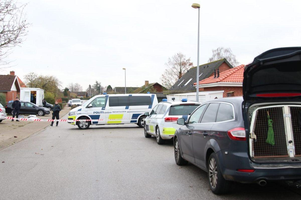 """Han har en """"familiemæssig"""" relation til de dræbte. Foto: Presse-fotos.dk"""