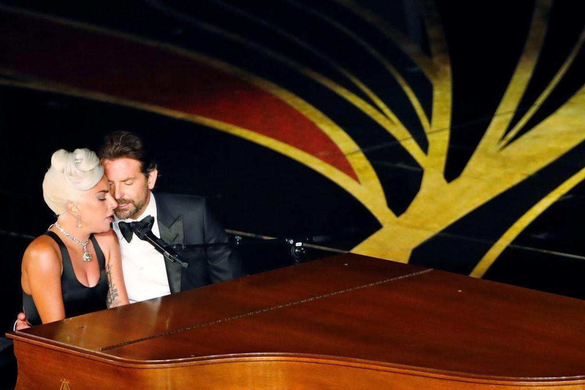"Årets Internationale Hit: Lady Gaga & Bradley Cooper – ""Shallow"". Foto: Scanpix."