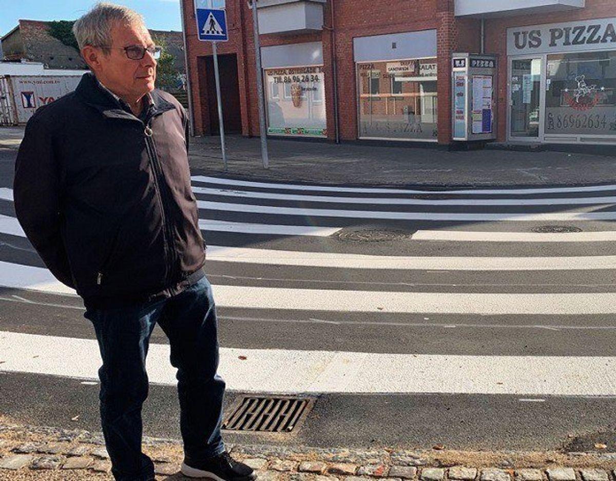 Bent Eriksen, Hammel, glæder sig og er ikke i tvivl om, at den buede løsning er en fornuftig en af slagsen. Foto: Jørgen Rosengren/Newsbreak.dk.