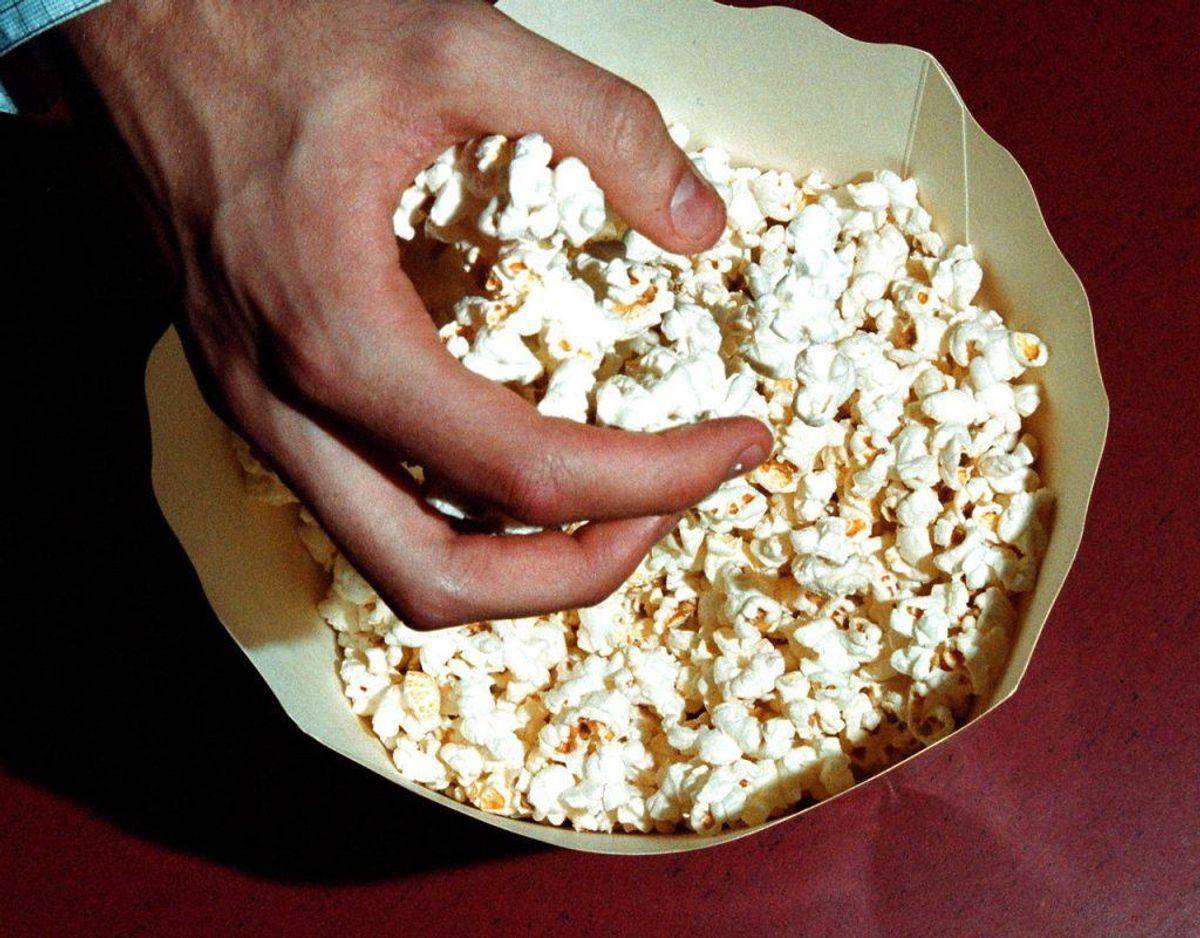 Nordic Food Partners A/S tilbagekalder Rema 1000 økologiske popcornmajs grundet fund af insekter i produktet. Hvilke fødevarer: Rema 1000 økologiske popcornmajs, 400 g Bedst før dato: 12.06.2020 Ean.nr: 5705830008961 Solgt hvor: REMA 1000 i Danmark Foto: Scanpix