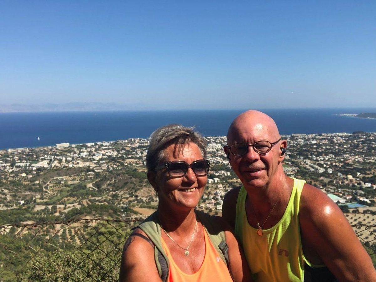 Anne Grethe Lind og manden Ivan Andersen er nok en gang på ferie på Rhodos. Denne torsdag var dog en oplevelse, de gerne have været foruden. Privatfoto