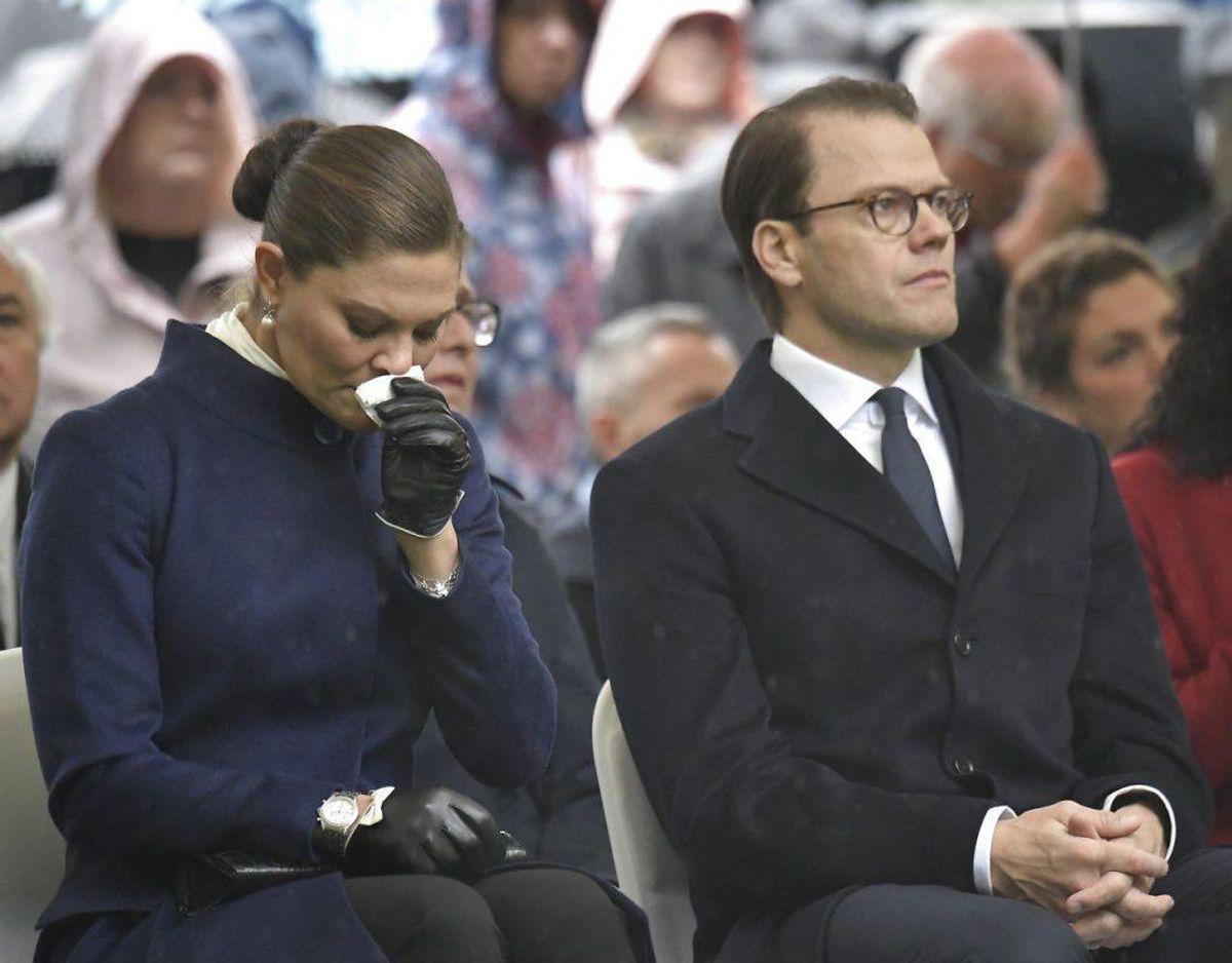 Det var også en rørende mindehøjtidelighed, hvor blandt andre statsminister Stefen Löfven holdt tale. Foto: Janerik Henriksson/TT/Ritzau Scanpix.