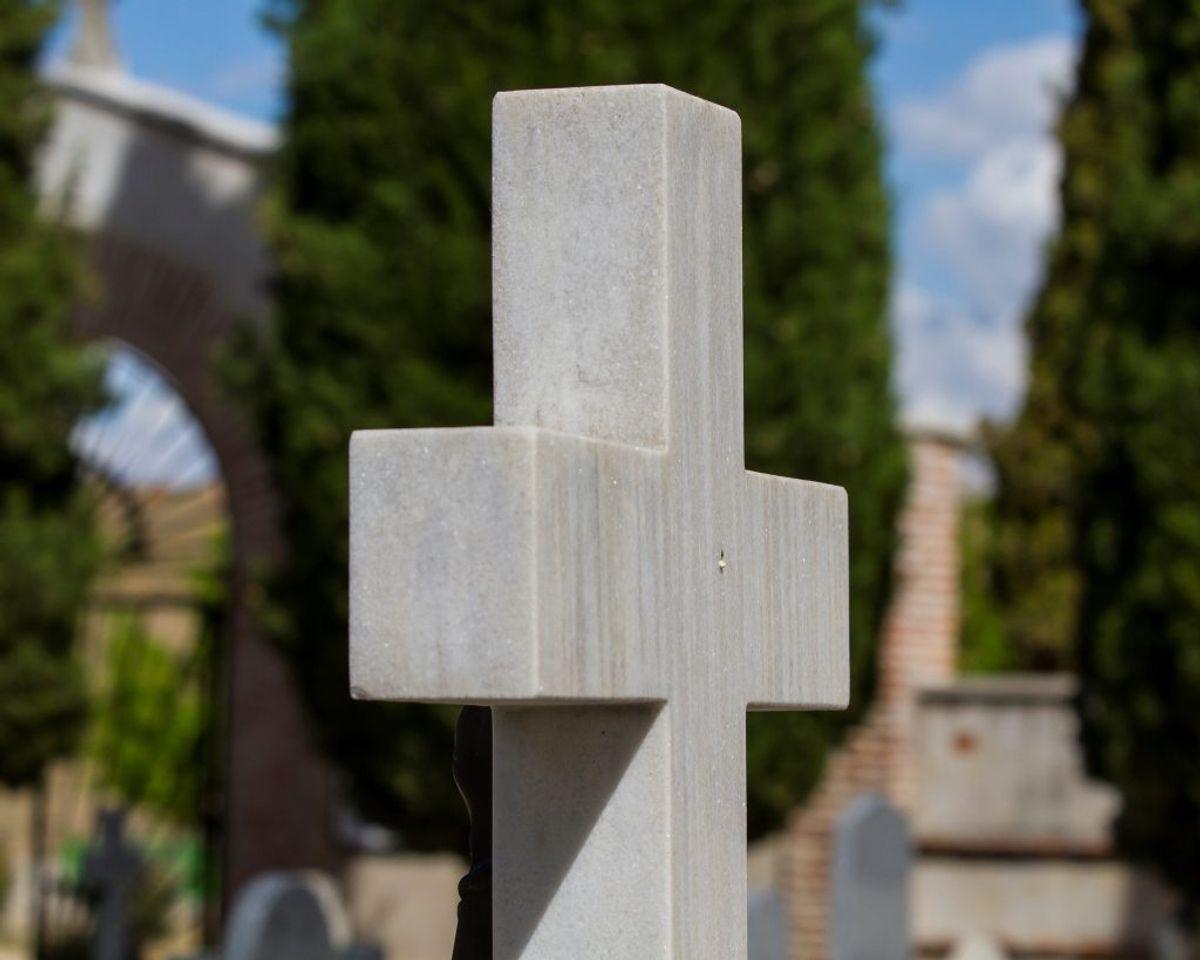 """Begravelse og bisættelse: Cirka 83 procent vælger en bisættelse – altså er det bare 17 procent, som får en """"klassisk"""" begravelse. Arkivfoto: Colourbox"""