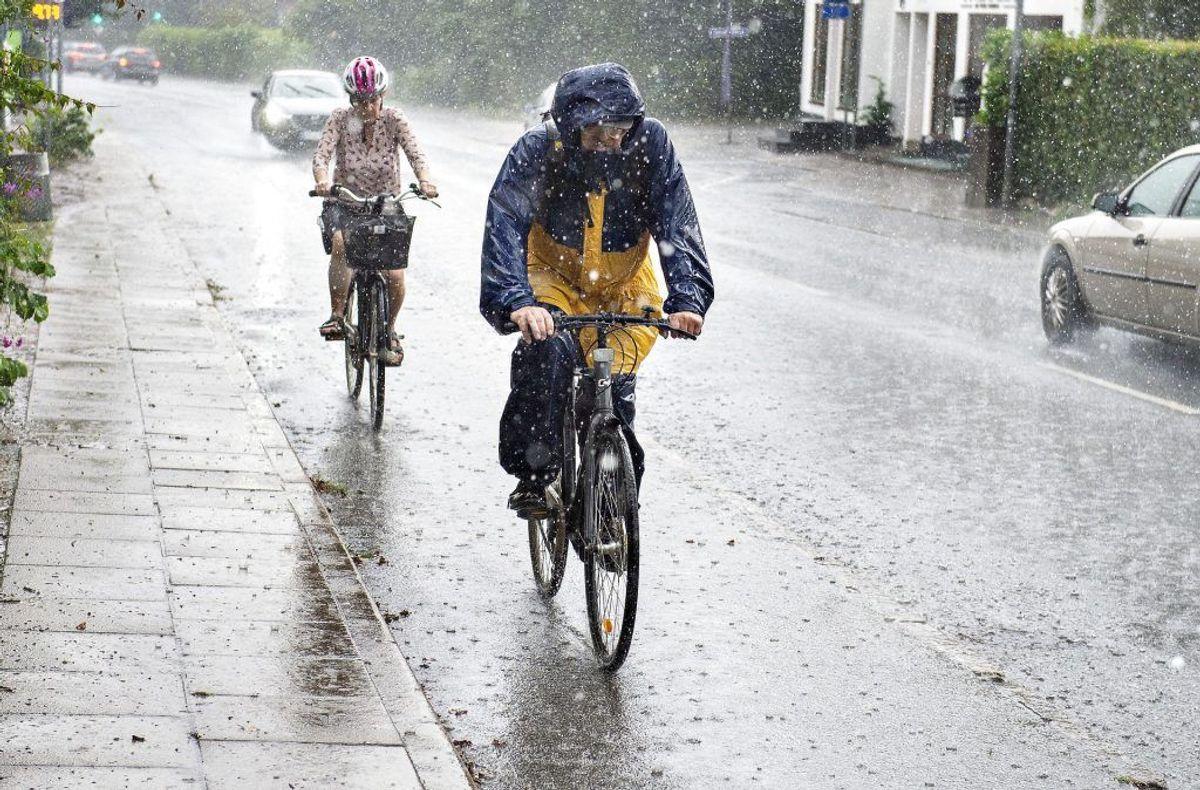 Det bliver et regnfuldt helvede. KLIK VIDERE OG SE, HVOR FUGTIGT DET BLIVER. Foto: Scanpix