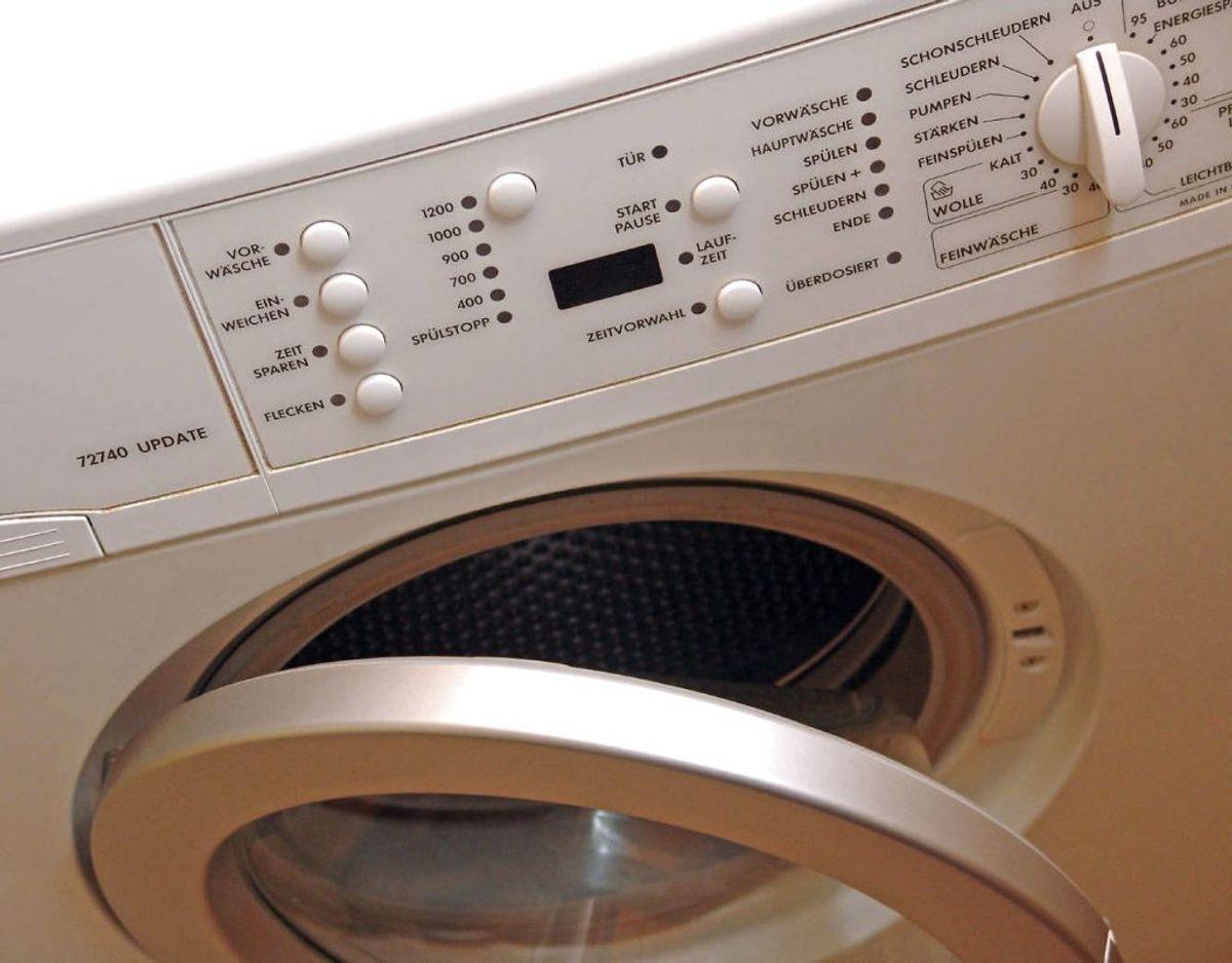 Vask dyner og puder ved 60 grader hver tredje måned for at slippe af med støvmider. Foto: Scanpix.