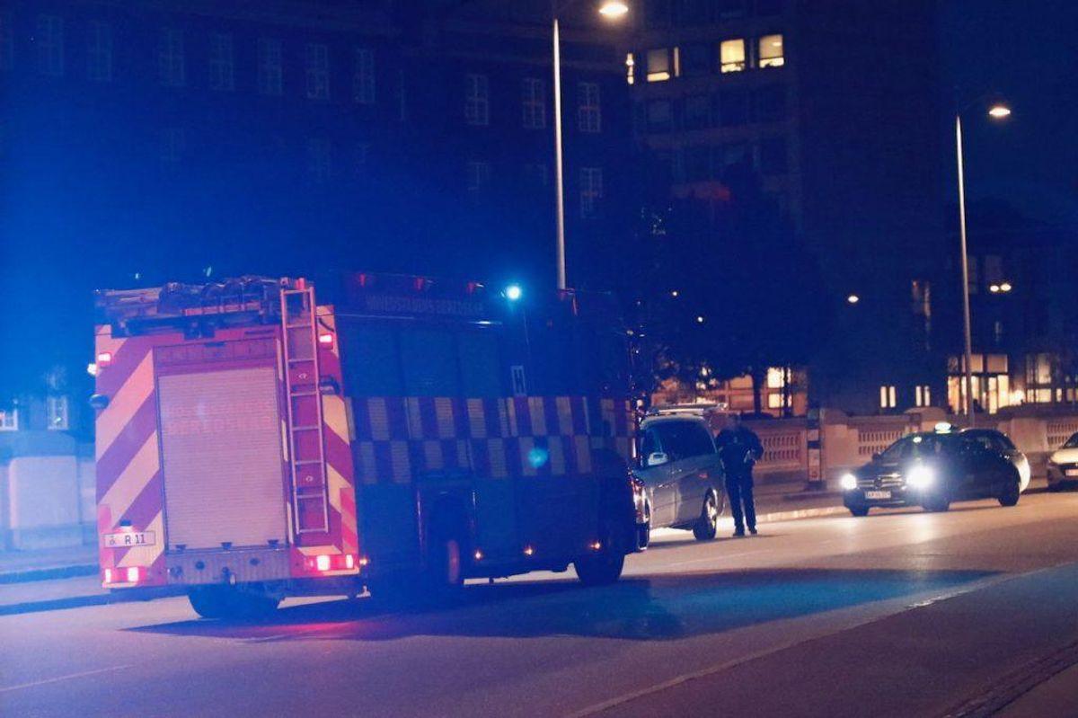 En 15-årig dreng er stukket tre gange med en kniv. KLIK for flere billeder. Foto: Presse-fotos.dk.