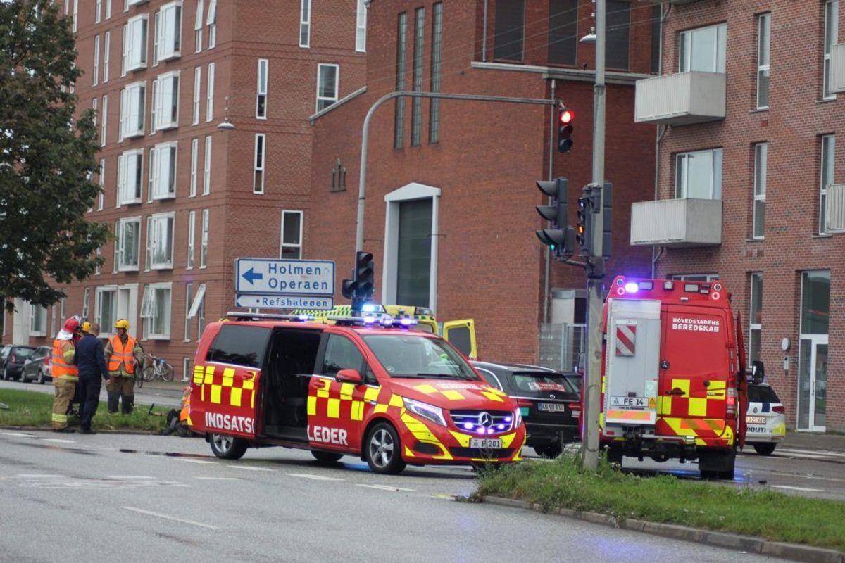 Politi og redning er massivt til stede. KLIK VIDERE FOR FLERE BILLEDER. Foto: Presse-fotos.dk