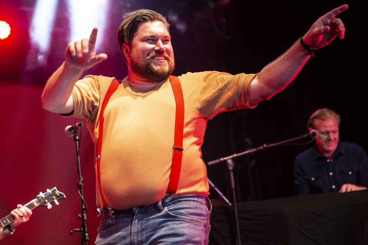 Rasmus Bjerg indledte turnéen på Jelling Festival (Foto: René Lind Gammelmark)