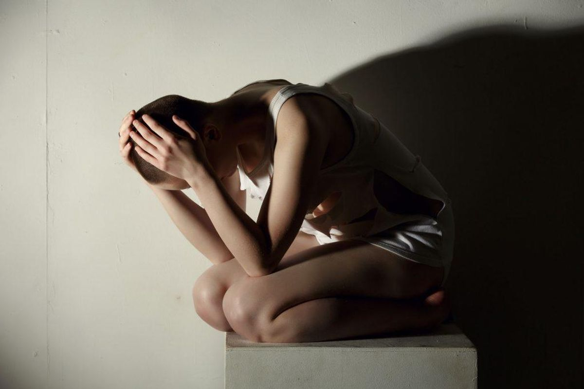 Psykiske lidelser er et omfattende begreb, der ifølge Sundhedsstyrelsen dækker over alle grader af psykisk sygdom, både skizofreni, depression, stress, angst og meget andet. Man vurderer, at 20% af den danske befolkning i løbet af ét år vil blive ramt af en form for psykisk lidelse. Foto: Scanpix.