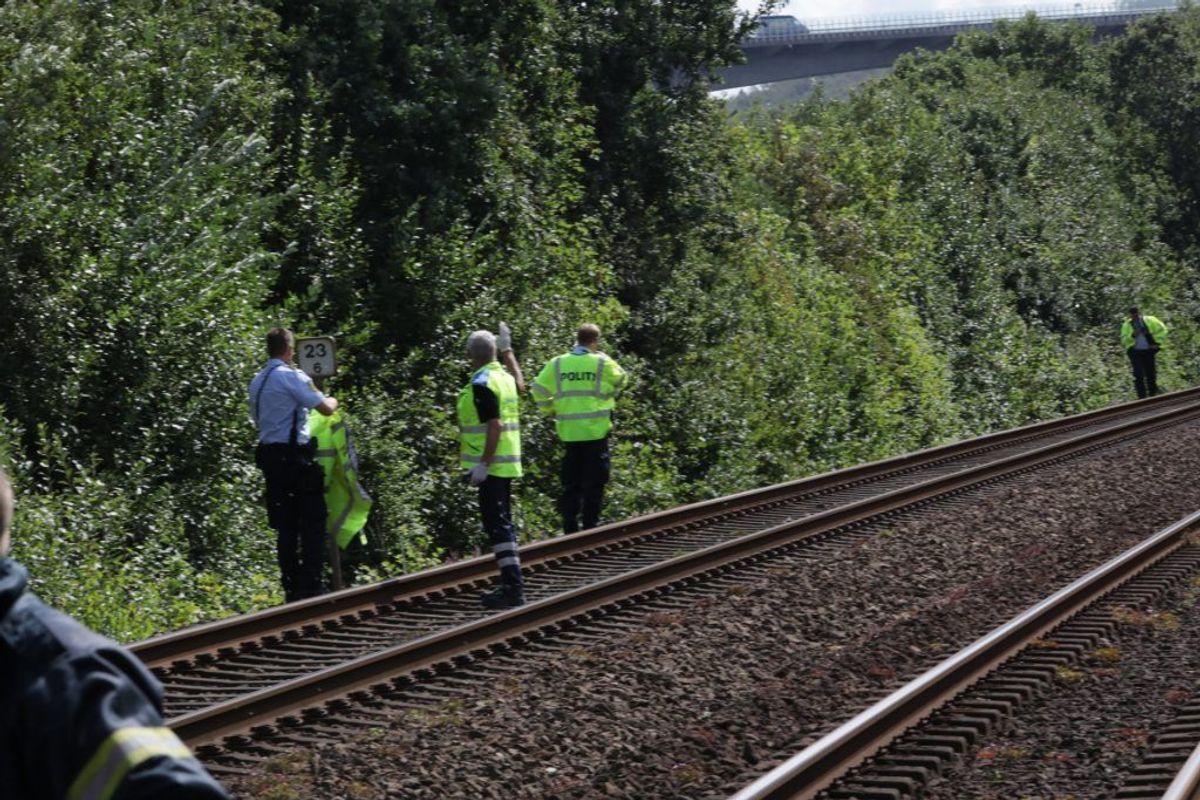 Ifølge DSB er en person ramt af et tog. Derfor er togdriften i øjeblikket indstillet. KLIK for flere billeder. Foto: Presse-fotos.dk.