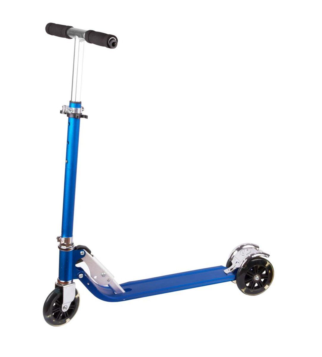 Hvis du lejer et elektrisk løbehjul, så er der forsikringspligt, men ikke for privateejede løbehjul. Klik videre for flere regler. Foto: Colourbox