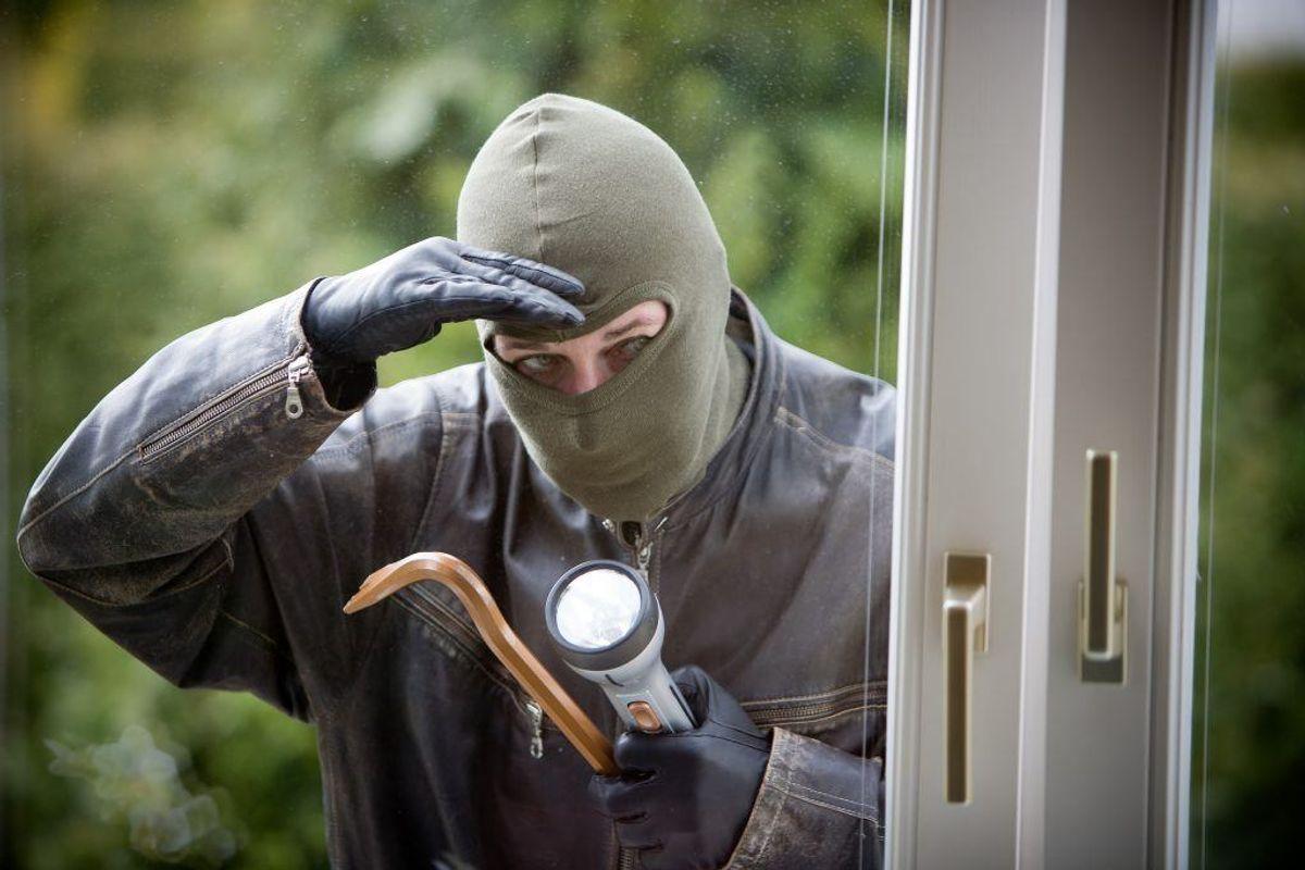 En opmærksom borger fik politiet på sporet af både indbrudstyve og stjålne designervarer. Foto: Colourbox.