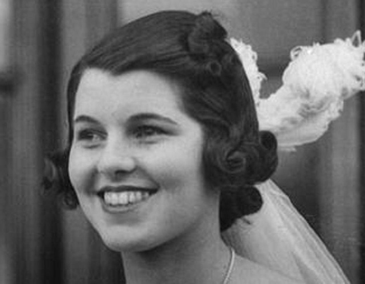 """Kennedyernes tragiske historie begydner, da Rosmary Kennedy i 1941 som 23-årig får """"det hvide snit"""". Efterfølgende boede hun på forskellige institutioner. Døde i 2005. Foto: Hulton-Deutsch Collection/CORBIS/Wikipedia."""