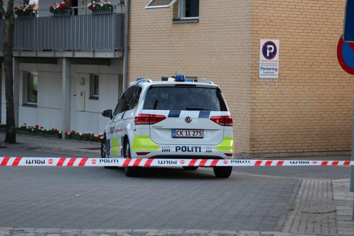 Politiet er talstærkt tilstede i Ringsted mandag aften.  Foto: Presse-fotos.dk