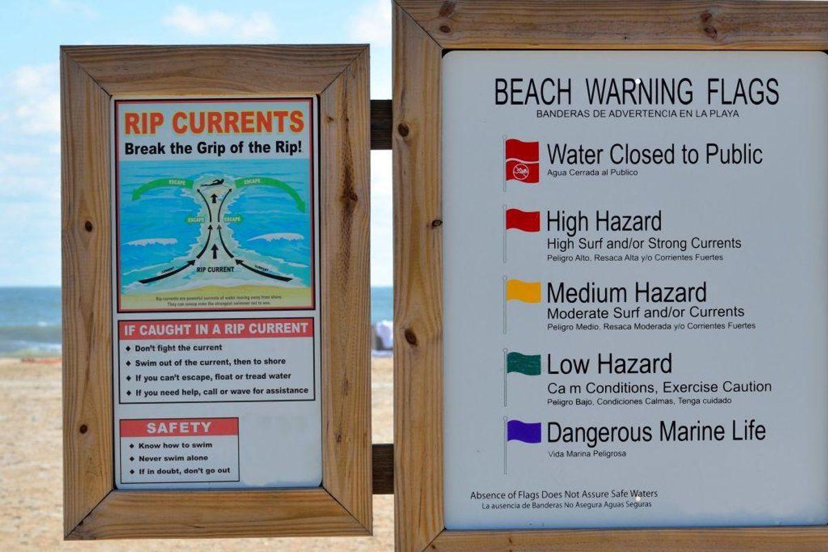 Svøm til siden og langs med stranden og derefter ind til land igen. Foto: Scanpix