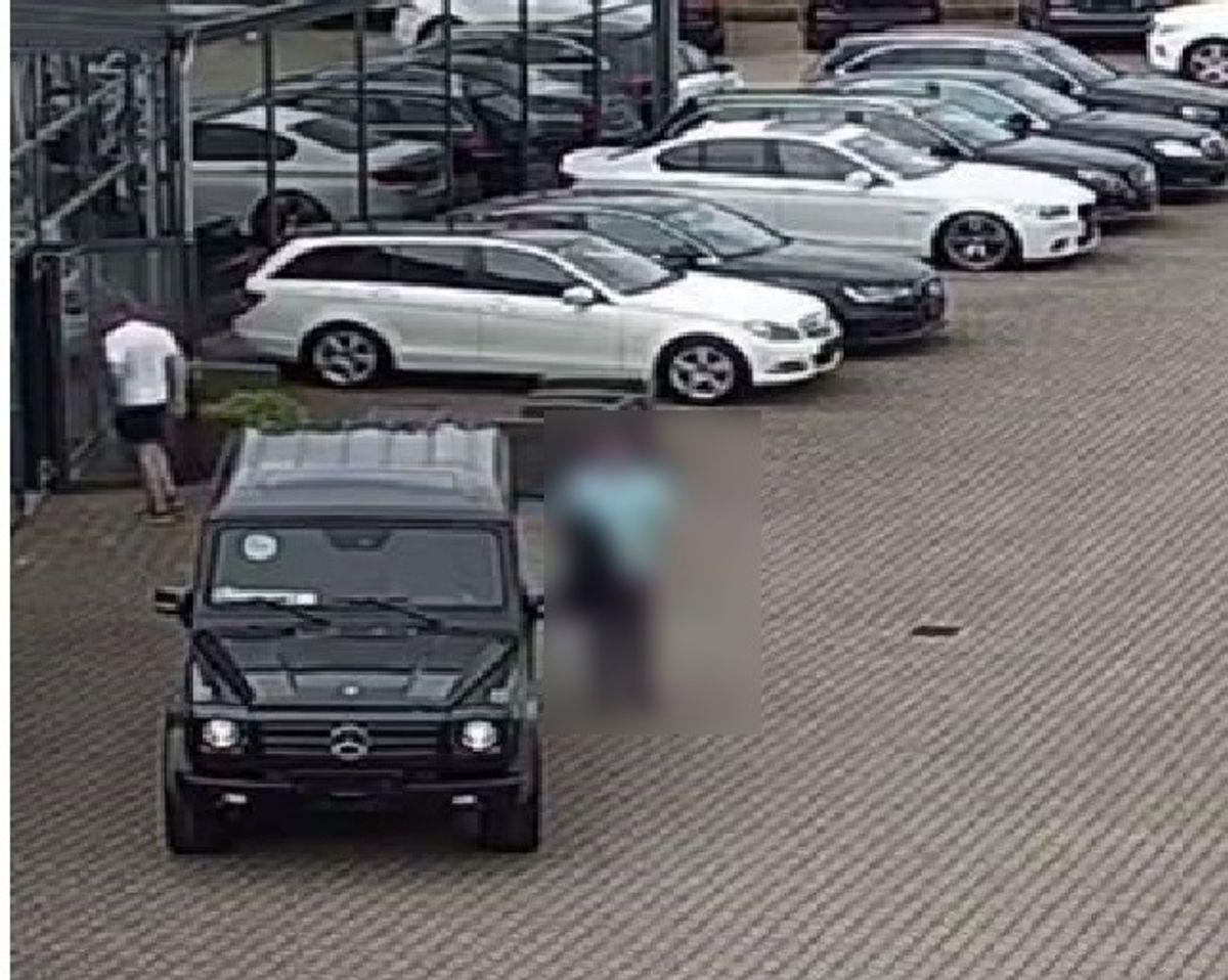 Her er bilen, som butikken mangler. KLIK videre og se meget mere. Foto: Privat
