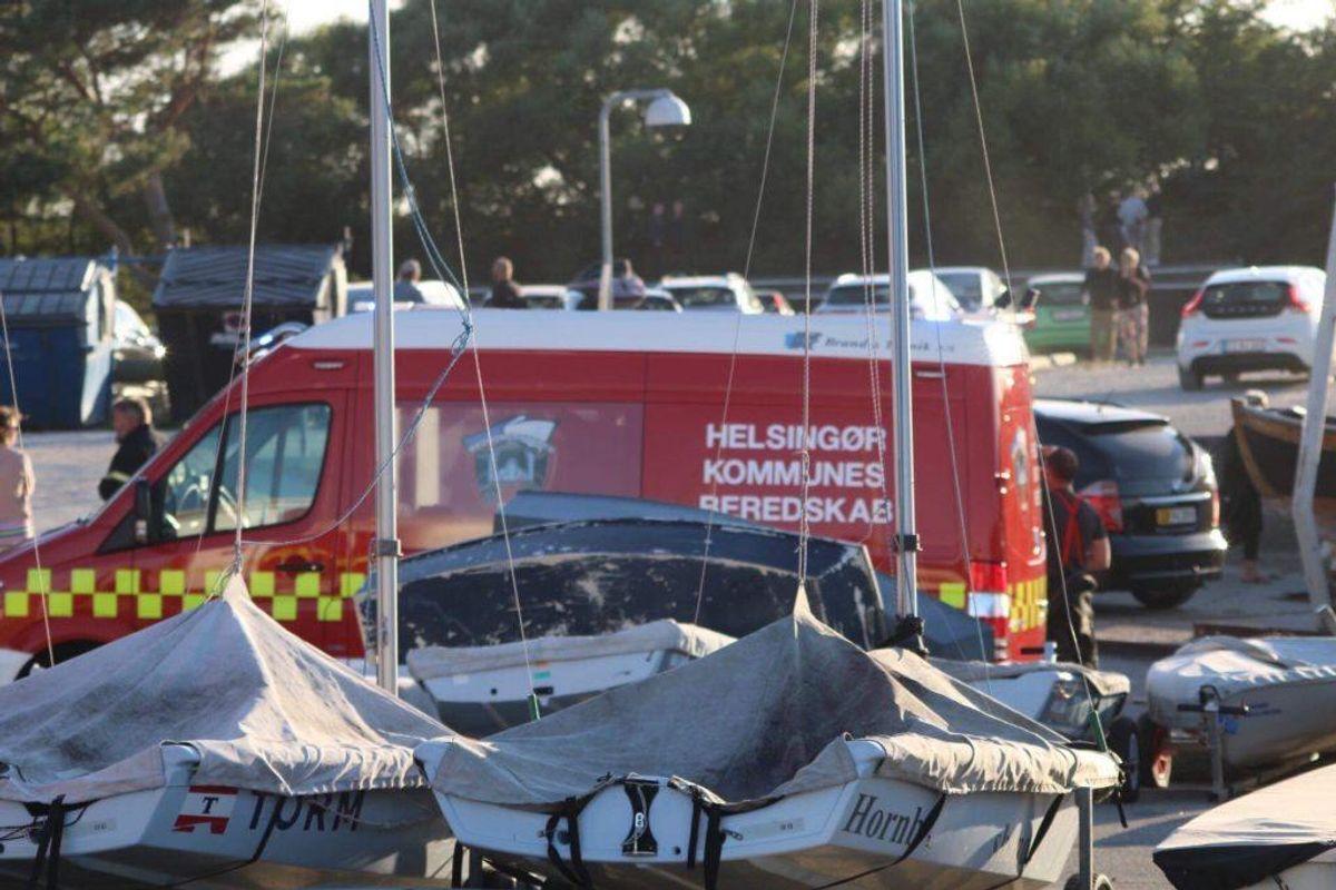 En mor og hendes datter måtte hentes med helikopter. KLIK FOR FLERE BILLEDER. Foto: Presse-fotos.dk