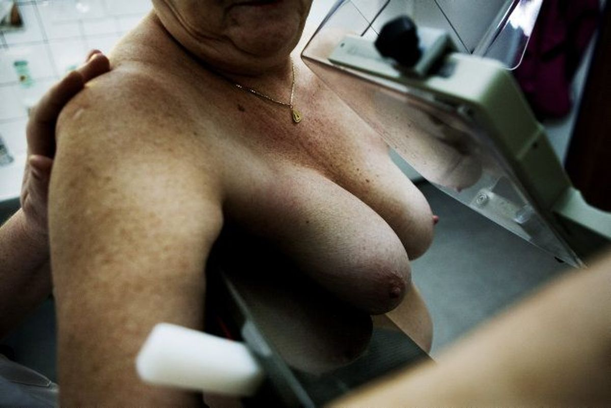 Det har længe været kendt, at natarbejde efter alt at dømme øger risikoen for brystkræft. Men nu tyder det på, at der også er øget risiko for at få andre former for kræft, hvis man arbejder, mens andre sover. KLIK VIDERE OG SE, HVILKE SYMPTOMER PÅ KRÆFT, DU SKAL VÆRE OPMÆRKSOM PÅ. (Arkivfoto) Foto: Christian Als/Scanpix