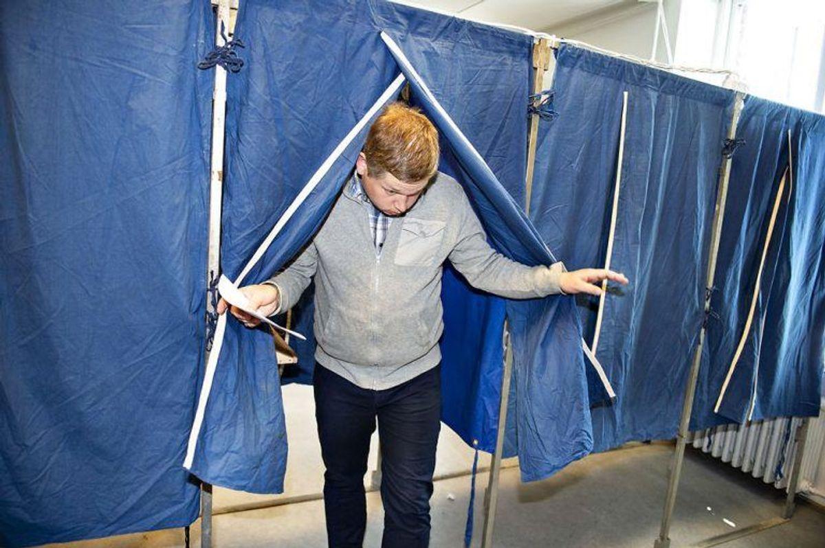 Rasmus Paludan fra Stram Kurs stemmer på Vesterbros Bibliotek under Folketingsvalget 2019, onsdag den 5. juni 2019.. (Foto: Henning Bagger/Ritzau Scanpix)