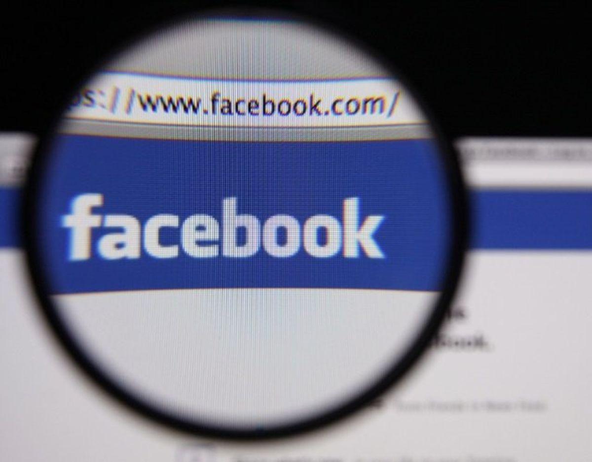Der er grænser for, hvad man kan skrive på Facebook, før de begynder at holde øje med en.