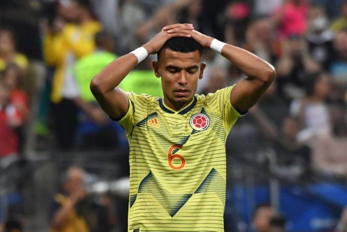 Colombias William Tesillo missede det femte og afgørende spark i straffesparkskonkurrencen i kvartfinalen mod Chile i Copa America, hvilket kostede Colombia den videre deltagelse i turneringen. (Arkivfoto.) Foto: Nelson Almeida/AFP
