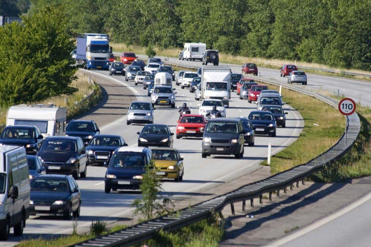 Sommeren igennem er der risiko for kø flere steder i landet. KLIK VIDERE OG SE HVOR. Foto: Colourbox