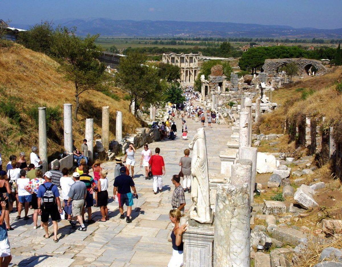 Syvsoverdagen er også en katolsk helligdag, hvor syv helgener blev muret inde i en hule i Efesos i Tyrkiet. Foto: Scanpix