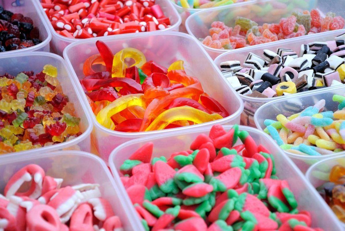 Fødevarestyrelsen tilbagekalder nu en bestemt slags slik. KLIK og se et billede af den. Foto: Colourbox.