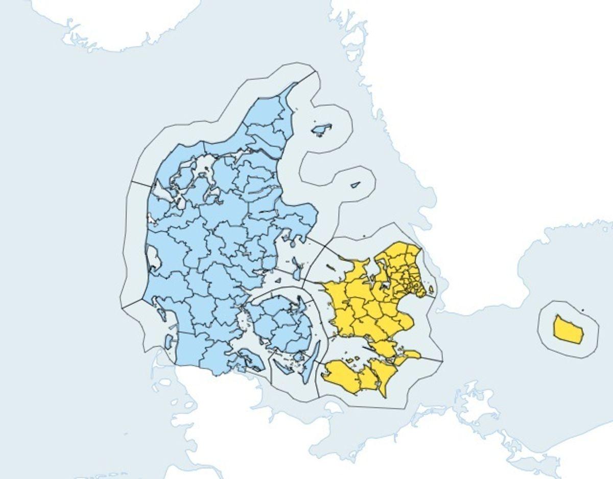 Blå betyder risiko for voldsomt vejr. Gul betyder, at der kommer voldsomt vejr. Varslet gælder fra lørdag 08.45. Foto: DMI.