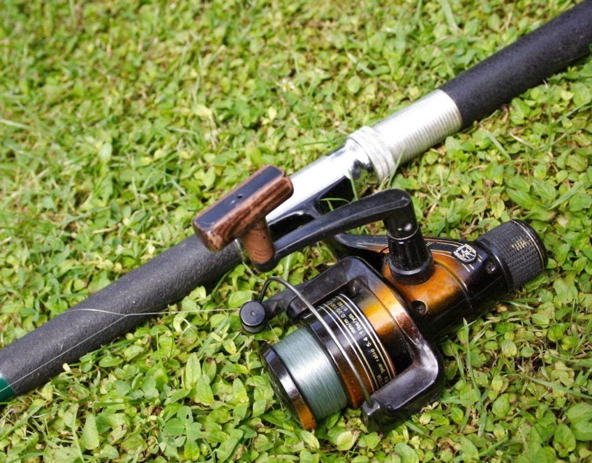 Tyvene brugte en fiskestang til at stjæle nøglerne med. Foto: Scanpix.