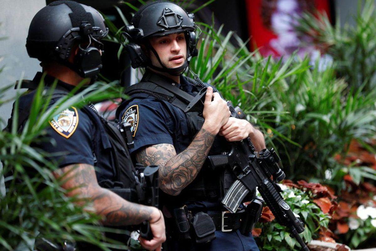 New Yorks politi kan være svært bevæbnet. Foto: Scanpix