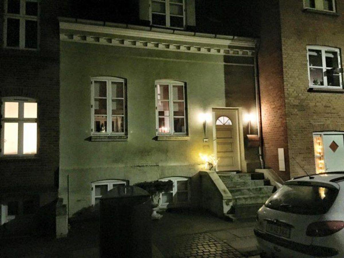 Hav et tænd/sluk ur til at tænde lysene om aftenen. Også her kan naboen bruges som alternativ. Foto: Jørgen Rosengren