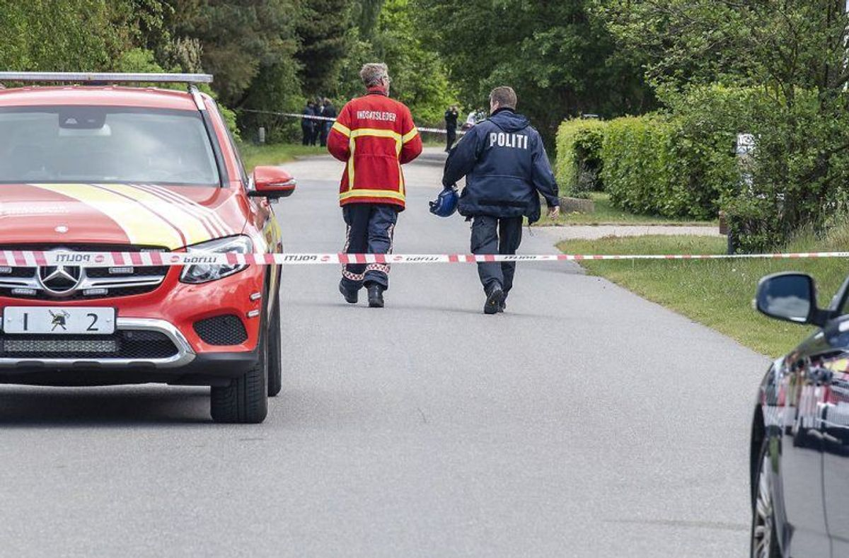 Branden blev anmeldt natten til tirsdag – KLIK FOR FLERE BILLEDER. (Foto: Scanpix)