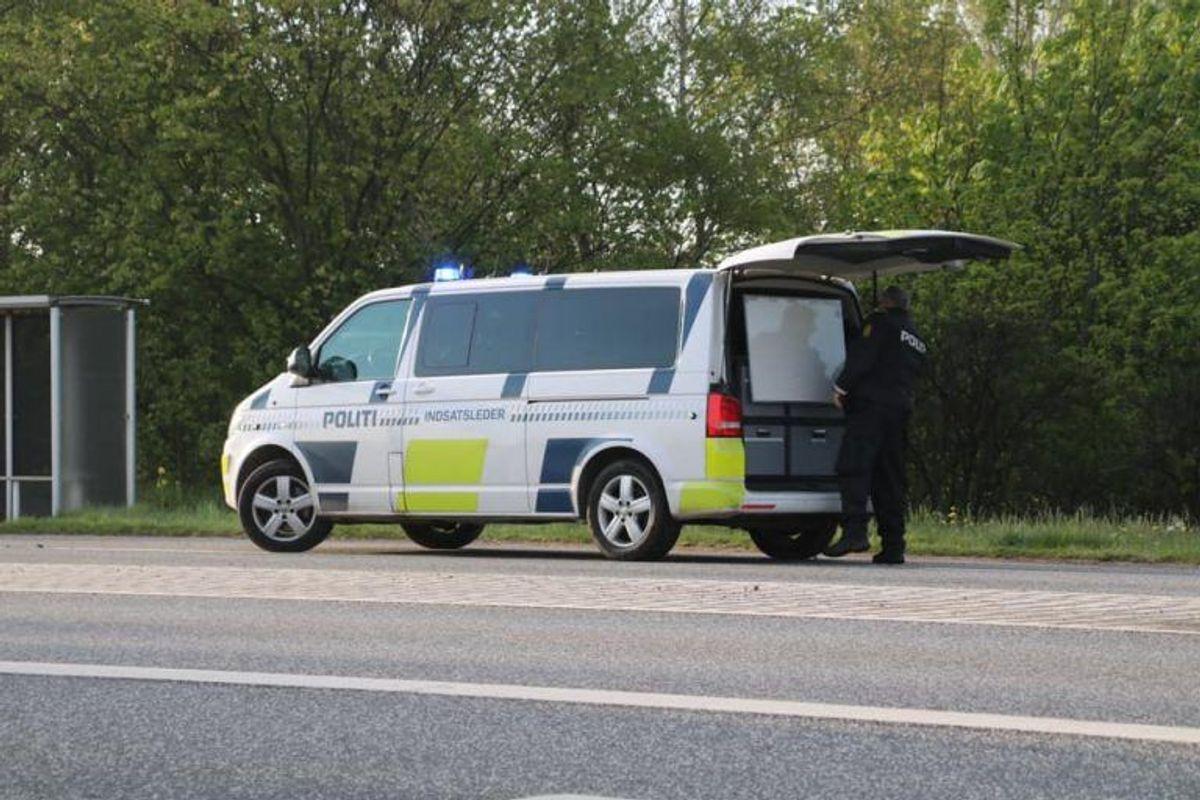 En alvorlig ulykke ved Slangerup har spærret en hovedvej i begge retninger. KLIK for mere info. Foto: Presse-fotos.