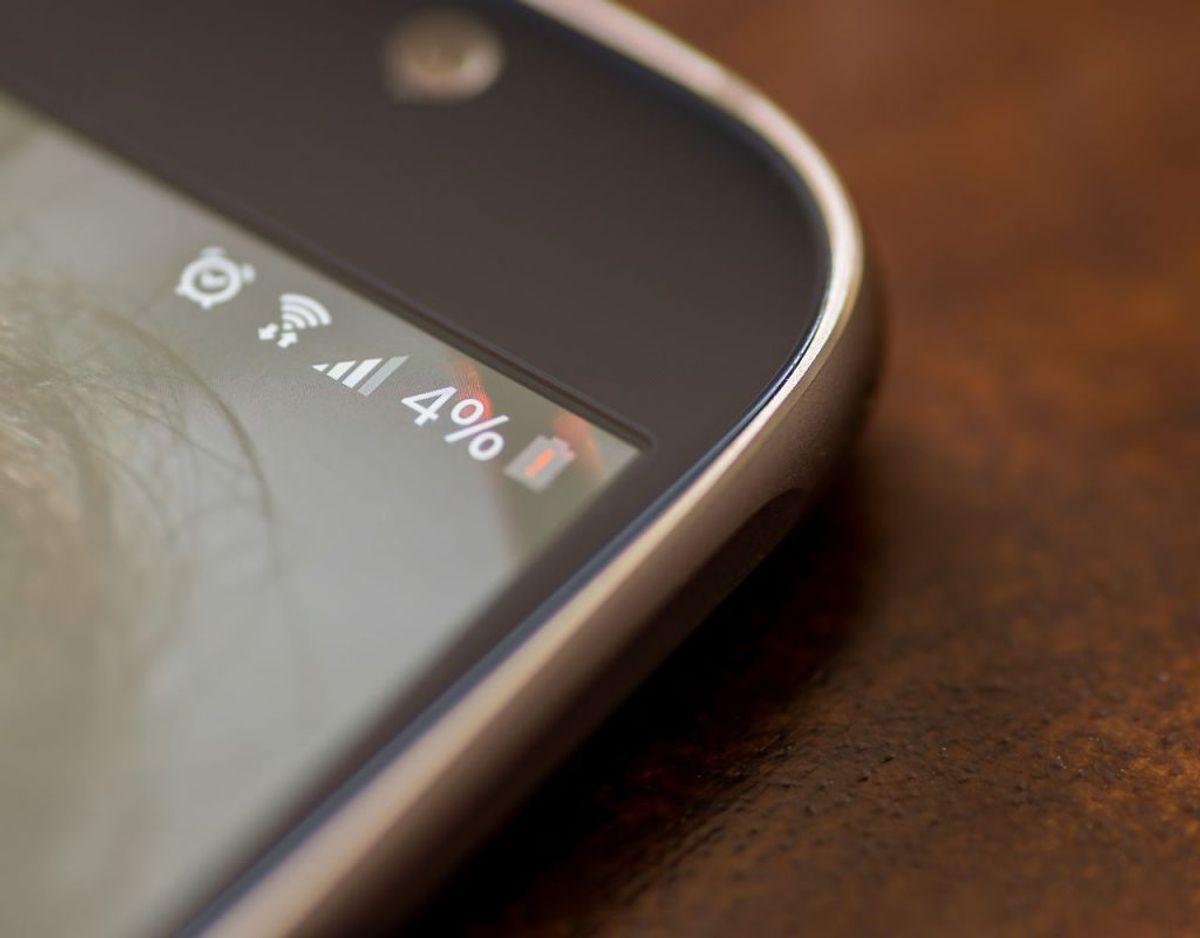 Herefter klikker du dig ind i 'batteri' eller 'strømforbrug'. Her kan du se, hvad du bruger strøm på. Foto: Scanpix