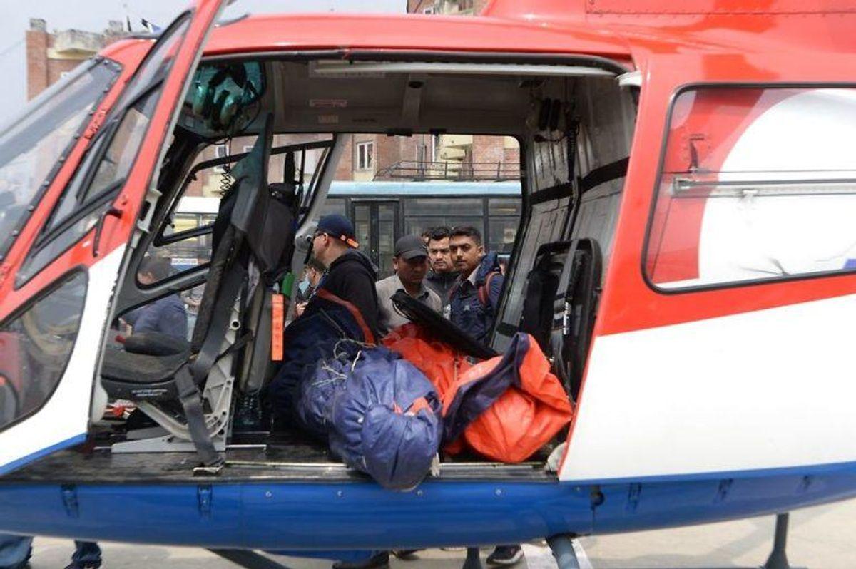 Tre mennesker er dræbt – to på stedet. KLIK FOR FLERE BILLEDER. (Foto: Scanpix)