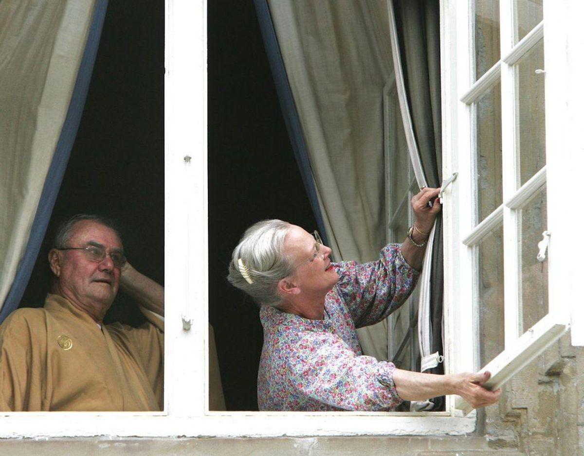 Åben vinduet og skab gennemtræk gerne 3-5 gange om dagen i 5-10 minutter. Foto: Scanpix