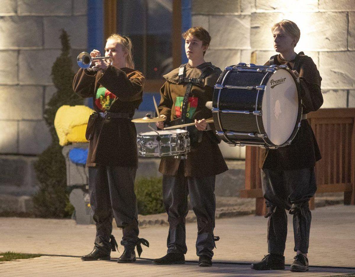 Musikalske indslag var også en del af festen. Foto: René Lind Gammelmark