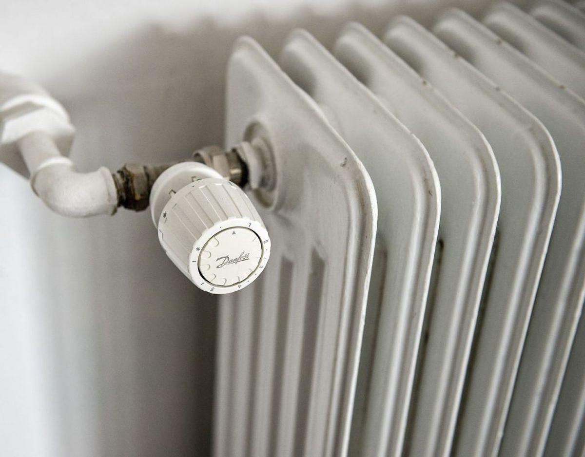 Ingen fjernvarme-tvang til nybyggere: Det er slut med at blive tvunget til at skulle have fjernvarme som opvarmning. Når der udlægges nye boligområder fra 2019 og frem, kan de kommende husejere selv beslutte, hvilken opvarmning de vil have i deres hus. Ændringen omfatter ikke allerede pålagte bindinger.