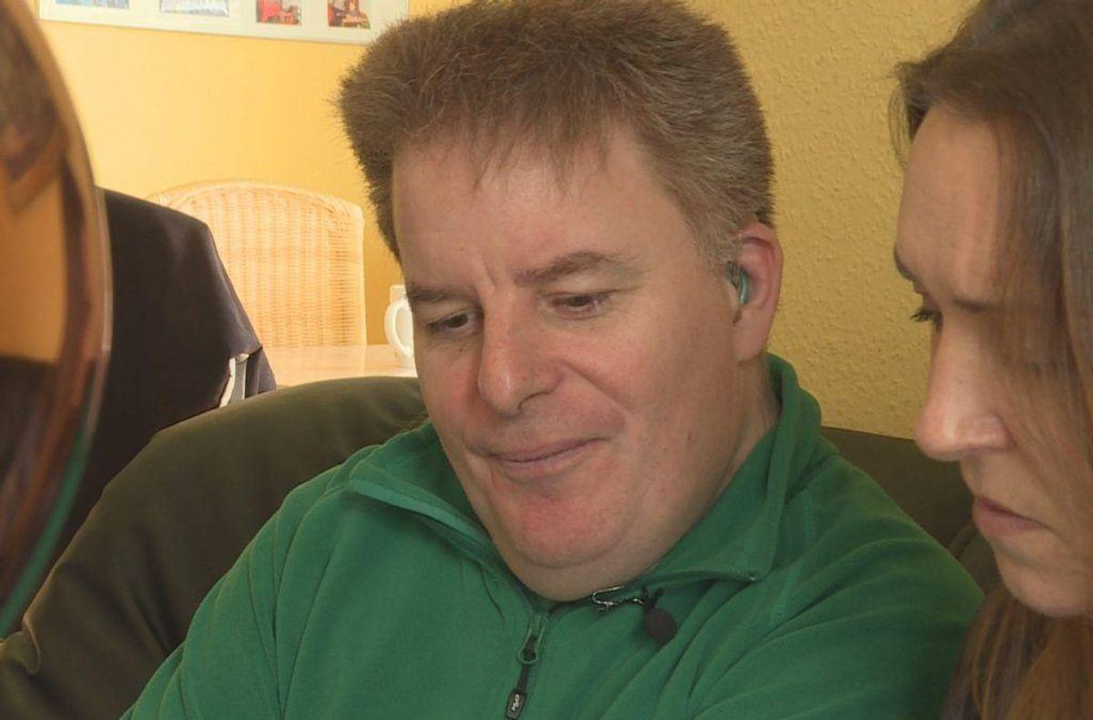 Mads fik sin bankkonto tømt af en mand, der udgav sig for at ringe fra Skat. Foto: TV2 Lorry.